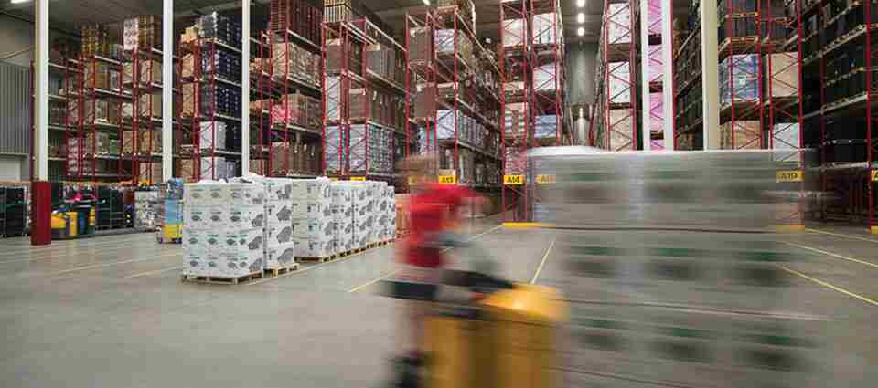 logistiek warehouse 2.jpg
